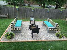 awesome 120 DIY Cinder Block Ideas to Decorating Your Outdoor Space http://wartaku.net/2017/04/14/120-diy-cinder-block-ideas-to-decorating-your-outdoor-space/