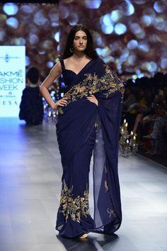 Indian Fashion Dresses, Indian Designer Outfits, Saree Fashion, Boho Fashion, Fashion Jewelry, Fashion Outfits, Indian Wedding Outfits, Indian Outfits, Wedding Dresses