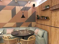 Un angolo di 403030 Healthy Kitchen progettato dall'architetto Patricia Urquiola.