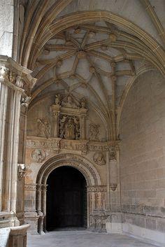 Monasterio de Iratxe, #Navarra ¿Quieres conocerlo mejor= => http://www.turismo.navarra.es/esp/organice-viaje/recurso/Patrimonio/3150/Monasterio-de-Iratxe.htm