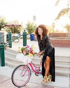 """Not so Fun fact: when I was in college I got kicked off the basketball team for being too fat. BUT in the Fresno Bee it was reported that I was """"suspended indefinitely."""" Talk about a difining moment. Let's just say stress's is quite the weight loss cataly Model Photoshoot Poses, Lifestyle Blog, Fun Facts, Bee, Stress, Basketball, College, Weight Loss"""