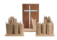 Goede vrijdag - Kneisz Design - Golgatha II mit Volk - moderne-Holzkunst.de - Fachgeschäft aus Seiffen für moderne erzgebirgische Volkskunst