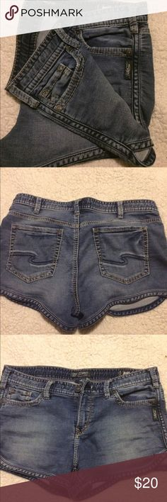 Silver Shorts Excellent conditionNo Trades Silver Jeans Shorts Jean Shorts