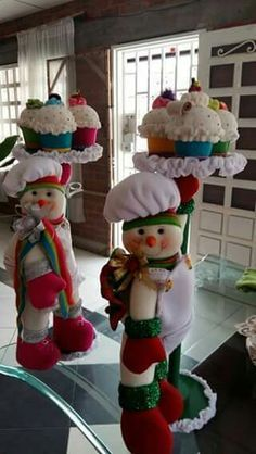 70 ideas for cupcakes decoration navidad natal Christmas Room, Christmas Sewing, Felt Christmas, Christmas Snowman, Christmas Projects, Vintage Christmas, Merry Christmas, Christmas Holidays, Christmas Ornaments