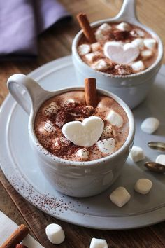 Cinnamon Hot Chocolate with heart marshmallows.