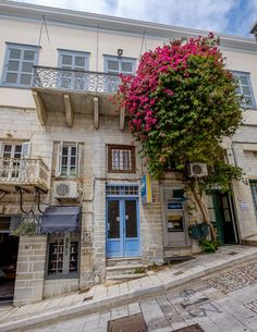 just an Architect Syros Greece, Empire Ottoman, Greece Islands, Environmental Design, Neoclassical, Greece Travel, Island Life, The Good Place, Architecture Design