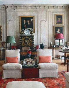 Take everything away and just look at the wall...love it!  Vogue editor Hamish Bowles' Paris apartment.