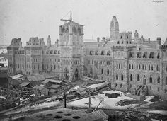 Construction of the original Parliament Buildings in 1865 Parliament Of Canada, Houses Of Parliament, Canadian Forest, Capital Of Canada, Canada Eh, House Of Commons, Canadian History, Old Photos, Vintage Photos