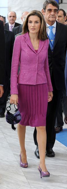 *STYLE , Queen Letizia Spain, Morado