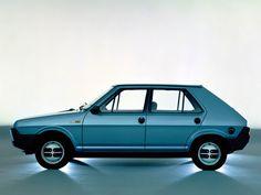 The Fiat Strada developed a rust problem that Fiat to leave the US market Fiat Panda, Fiat Abarth, Maserati, Ferrari, Retro Cars, Vintage Cars, Fiat 500 Models, Carros Retro, Dodge