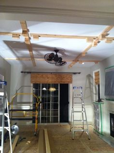 idea for how to install faux ceiling beams most diy plans show rh pinterest com