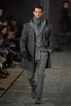 Joseph Abboud Fashion show details & more