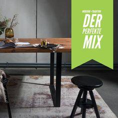 Altholzdesign Tisch mit edler, dunkler Färbung von SUNWOOD ...