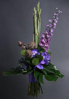 35 Trendy ideas for flowers arrangements bouquets modern Art Floral, Floral Design, Contemporary Flower Arrangements, White Flower Arrangements, Ikebana Arrangements, Unusual Flowers, Amazing Flowers, Faux Flowers, Purple Flowers
