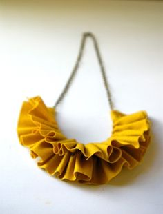 Ruffle necklace.