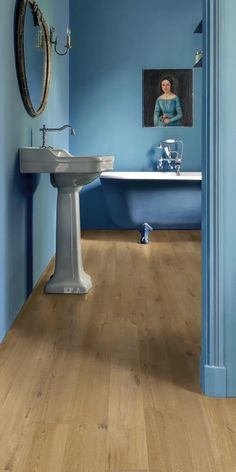 Do you prefer Quick-Step's laminate, vinyl or engineered wood flooring? No matter which range you choose, unique design, natural look and long-lasting durability is guaranteed. Tap the Pin to find the ideal floor for your project. 📸 Quick-Step Laminate - Impressive 'Soft oak natural' (IM1855) Bedroom Decor On A Budget, Room Decor Bedroom, Dream Home Design, House Design, Vinyl Flooring, Bathroom Flooring, Engineered Wood Floors, Modern Bathroom Design, Floor Design