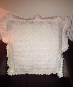Handmade knited cushion cover