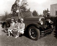Flapper Girls   C. 1925