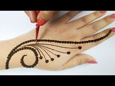 आसान मेहँदी डिज़ाइन - दिवाली स्पेशल गोल टिक्की स्टाइलिश शेडेड मेहँदी-Latest Diwali Mehndi Design 2019 - YouTube Very Simple Mehndi Designs, Mehndi Designs Front Hand, Mehndi Designs For Kids, Latest Henna Designs, Henna Tattoo Designs Simple, Mehndi Designs Feet, Mehndi Designs Book, Mehndi Designs For Beginners, Mehndi Design Photos