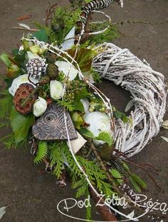 The Effective Pictures We Offer You About funeral hairstyles A quality picture can tell you many things. You can find the most beautiful pictures that can be presented to you abou Grave Flowers, Funeral Flowers, Grave Decorations, Flower Decorations, Funeral Flower Arrangements, Floral Arrangements, Dried Flowers, Silk Flowers, Christmas Wreaths