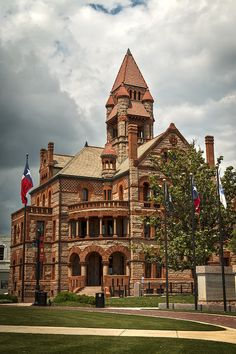 Hopkins County Courthouse  -  Photograph by: Mark McKinney - Hopkins County Courthouse located in Sulpher Springs. Texas