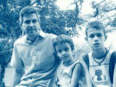 Celso e os filhos Leandro e Henrique