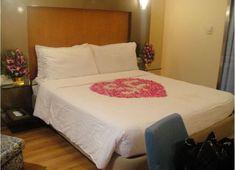 Kleines Schlafzimmer Mit Queen Size Bett Für Angenehmen Design    Schlafzimmer | Schlafzimmer | Pinterest | Searching Gallery