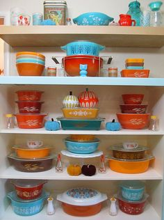 Autumn Pyrex Display for 2014 | I decided to go with more sa… | Flickr