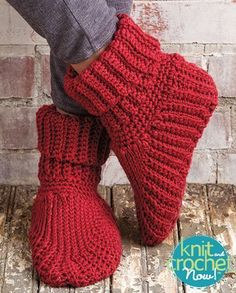 Free Slipper Boots Crochet Pattern Download -- Designed by Elsie Caddey. Featured in Season 5, episode 508, of Knit and Crochet Now! TV. Download here: http://www.knitandcrochetnow.com/slipper-boots-knit-and-crochet-now-season-5-episode-508/