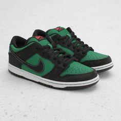 0e02a4133c37 Nike Dunk Low Premium SB