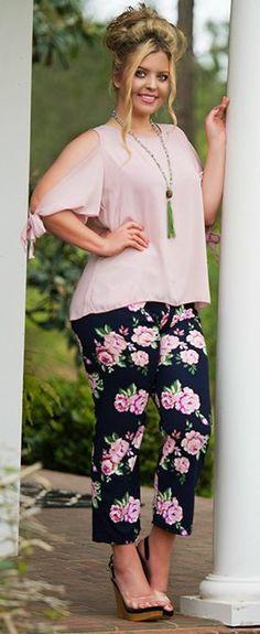 0e35d58cc 11 melhores imagens de Pijamas Plus size