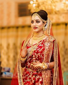 , A stunning bengali bride. Indian Bridal Photos, Indian Bridal Sarees, Indian Bridal Outfits, Indian Bridal Fashion, Indian Bridal Wear, Bridal Dresses, Bridal Lehenga, Indian Wedding Couple Photography, Indian Wedding Bride