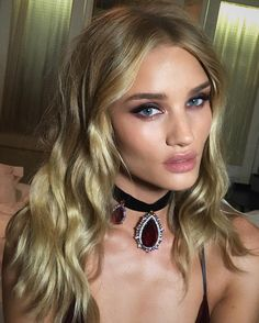 daily rosie huntington-whiteley : Photo
