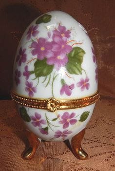 LIMOGE STYLE  HINGED EGG -- TRINKET BOX - FLORAL DESIGN -EXCELLENT DETAIL NEW