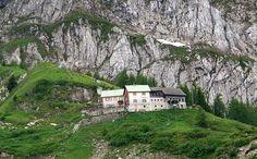 Purtschellerhaus: Alpenvereinshütte am Hohen Göll