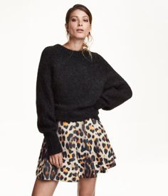 Pleated Skirt $59.99  Short skirt in textured woven fabric with a printed pattern, pleats at waist, and concealed side zip. Unlined.