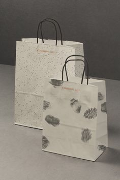 Brand identity and bags by Perky Bros for Millburn, NJ, restaurant Common Lot