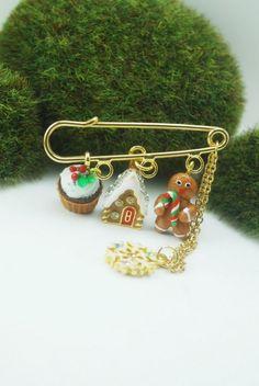 Gingerbread brooch by Divine Sweetness