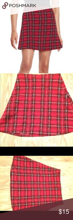 Cute mini red plaid skirt from lord and Taylor Red plaid skirt from lord and Taylor's design lab, never worn, size xs, true to size, like new in perfect condition Lord & Taylor Skirts Mini