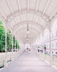person walking on white hallway walkway Learn Interior Design, Interior Design Courses, Interior Design Images, Commercial Interior Design, 2 Days Trip, Day Trips, Prague Airport, Spa Rooms, Home Spa