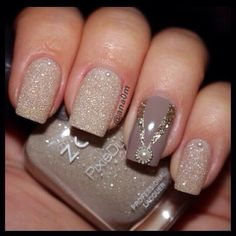 Image via Wedding Beige Nail Art 2015 Image via Nude and White Gradient Image via Wedding Beige Nail Art Image via My Nails Image via Beige nails with striped acce New Year's Nails, Get Nails, Fancy Nails, Hair And Nails, Sparkle Nails, Glitter Nails, Nail Polish Designs, Cute Nail Designs, Acrylic Nail Designs