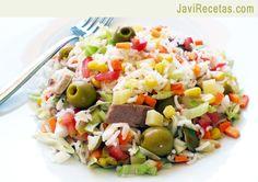 Ensalada arroz // Rice salad recipe in spanish Healthy Cooking, Cooking Recipes, Healthy Eating, Rice Salad Recipes, Avocado Pasta, Vegetarian Recipes, Healthy Recipes, Home Food, Summer Recipes