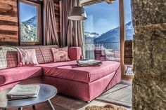 Jagd Chalet im The Peak Sölden Couch, Furniture, Home Decor, Summer Vacations, Time Out, Hunting, Ad Home, Settee, Decoration Home