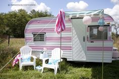 What a super cute little trailer! Wouldn't be fun to have one on your property for guests? Fun I think! Click thru to her web site and see how cute she decorated the interior! Very well done!