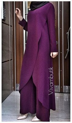 Modern Hijab Fashion, Abaya Fashion, Modest Fashion, Fashion Dresses, Trendy Dresses, Casual Dresses, Moslem Fashion, Iranian Women Fashion, Outfit Look