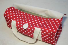 Discover recipes, home ideas, style inspiration and other ideas to try. Diy Sac, School Bags, Diaper Bag, Style Inspiration, Sewing, Handmade, Expo, Diapers, Crochet