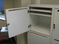 hot desking lockers with post slot.jpg (1000×750)