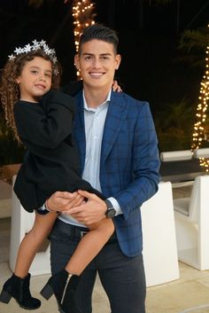 James Rodriguez and Salome Rodriguez Best Football Players, Good Soccer Players, World Football, James Rodriguez Wallpapers, James Rodrigez, J Rodriguez, Equipe Real Madrid, Celebrity Crush, Cute Babies