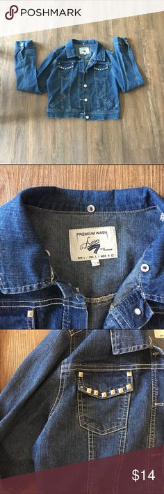 ❤️ jean jacket with studs Great condition! Jean jacket with studs on the front. Perfect for jeans or layering! Purchased at local boutique in Philadelphia pa. One stud missing, but very unnoticeable when worn!! Size L but fits more like a medium Jackets & Coats Jean Jackets