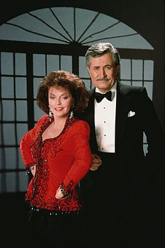 Victor and Julie on Days of our Lives  OMG He's so young here! Crazy!